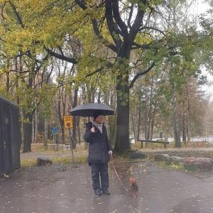 Får lilla jag möjligtvis plats under ditt paraply?!